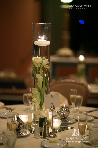 la-vie-en-rose-wedding-reception-candle-floating-centerpiece-submerged-white-calla-lily-flower-safety-harbor-clearwater-florida