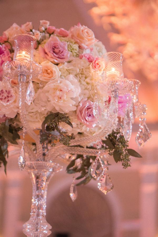 la-vie-en-rose-tampa-bay-saint-petersburg-wedding-hotel-reception-church-ceremony-pew-decor-floral-arrangements-centerpieces-tall-low-crystal-candelabra-wedding-party-roses-hydrangeas-spray-roses-peonies-garden-rose-pink-tones-blush-eucalyptus-romantic-elegant-the-vinoy