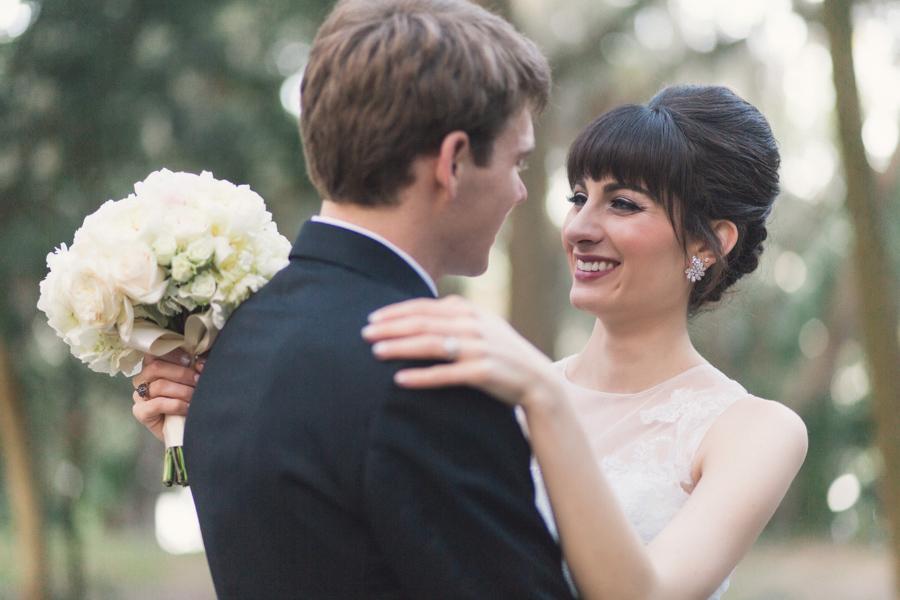 la-vie-en-rose-tampa-bay-Clearwater-wedding-bride-and-groom-wedding-dress-bridal-bouquet-roses-garden-rose-peonies-wedding-dress-boutonniere-outdoor-photo-shoot-romantic-elegant-Ruth-Eckerd-Hall