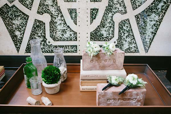 la-vie-en-rose-tampa-bay-Florida-wedding-gorgeous-wedding-boutonnieres-groom-groomsmen-decor-love-ceremony-reception-flowers-white-blooms-ranunculus-trendy-fashion-elegant-The-Oxford-Exchange