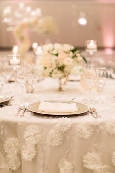 La-vie-en-rose-miami-florida-wedding-gorgeous-reception-centerpiece-white-ivory-blush-hydrangea-tulip-flower-eucalyptus-elegant-ritz-carlton-south-beach