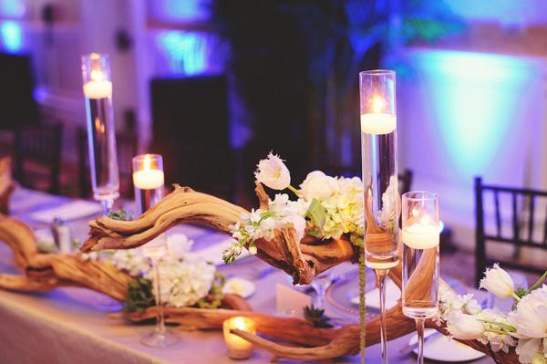 La-vie-en-rose-clearwater-beach-florida-wedding-gorgeous-reception-head-table-garland-white-ivory-green-peony-garden-tulip-flower-succulent-driftwood-elegant-sandpearl