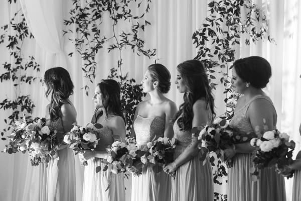 La-vie-en-rose-tampa-florida-wedding-green-white-vine-drape-bouquet-ceremony-elegant-orlo
