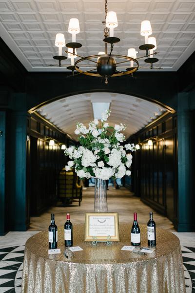La-vie-en-rose-tampa-florida-wedding-white-garden-flower-sequin-elegant-oxford-exchange