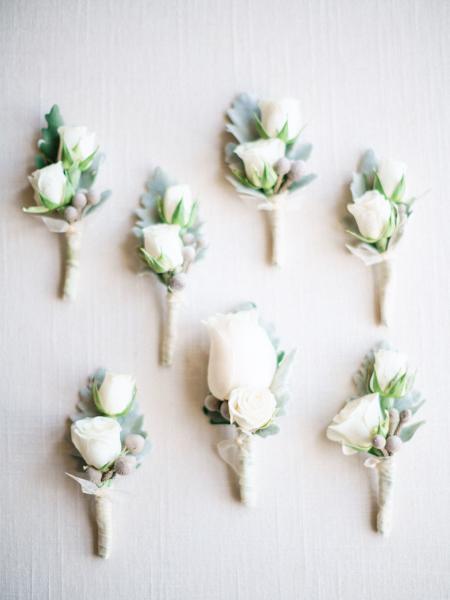 La-vie-en-rose-st-pete-florida-wedding-ceremony-white-ivory-flower-boutonniere-elegant-vinoy
