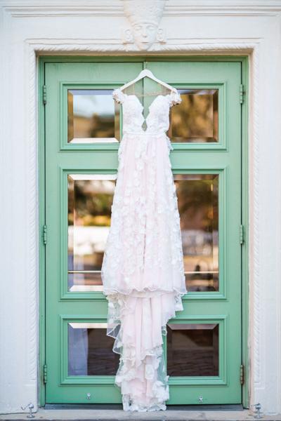 La-vie-en-rose-st-pete-florida-wedding-ceremony-white-ivory-dress-elegant-vinoy