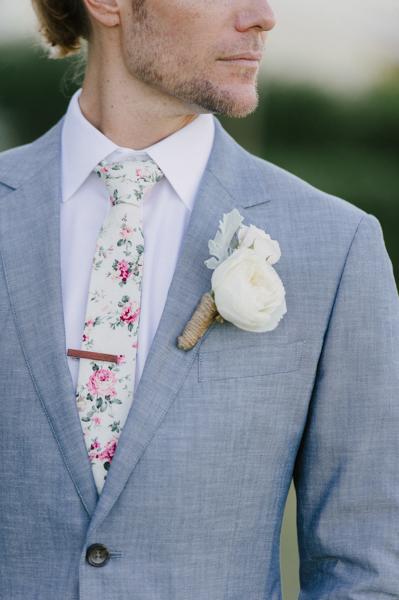 La-vie-en-rose-design-wedding-boutonniere-boca-grande-gasparilla-inn