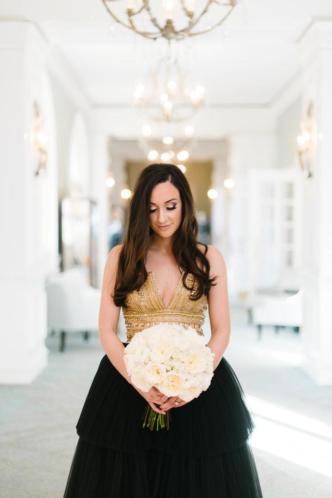 La-vie-en-rose-sarasota-florida-wedding-white-garden-flower-bouquet-elegant-ringling-museum