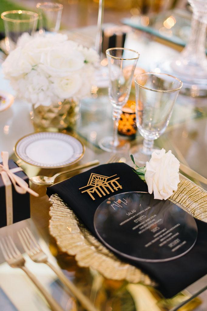 La-vie-en-rose-sarasota-florida-wedding-white-reception-flower-gold-charger-elegant-ringling-museum
