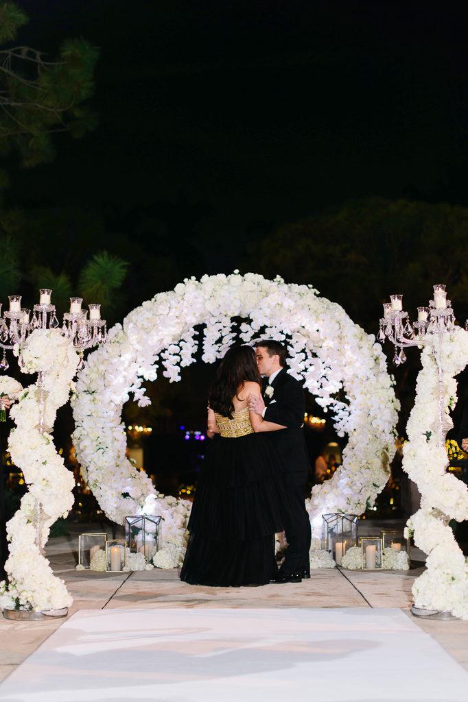 La-vie-en-rose-sarasota-florida-wedding-white-ceremony-flower-arch-circle-elegant-ringling-museum