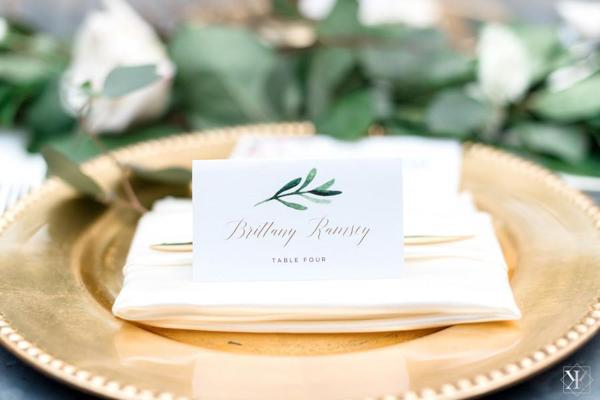 La-vie-en-rose-tampa-florida-wedding-white-elegant-oxford-exchange