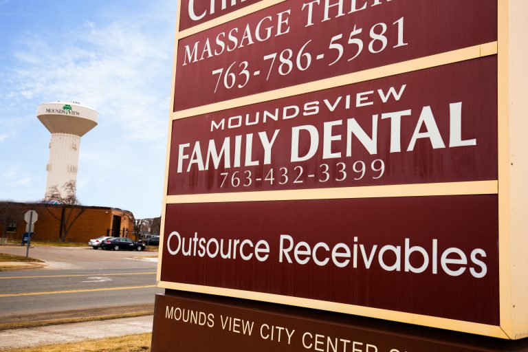 42_mounds_view_family_dental