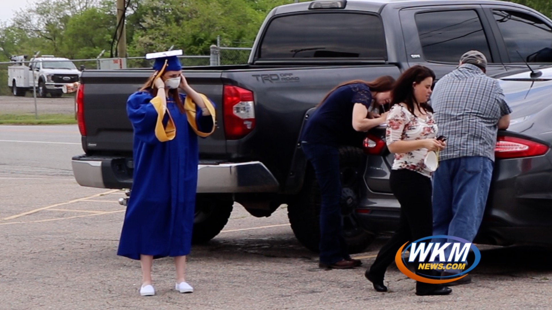 Trimble County High School Prepares for Drive-In Graduation