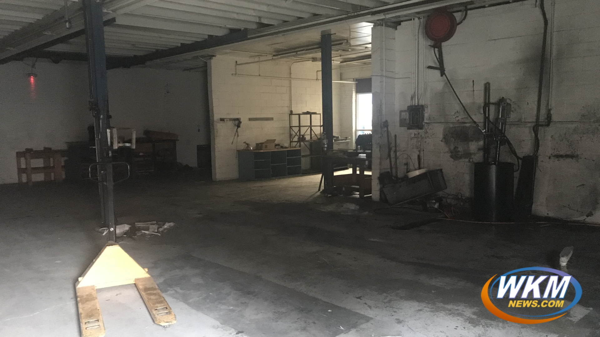 Madison Courier's Printing Press Removed After 45 Years of Hard Work