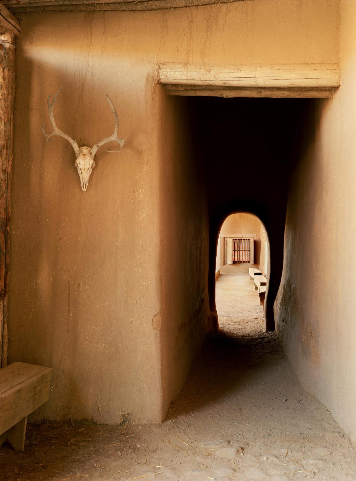 Taos entry