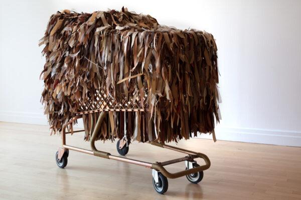 Lady Whistlesdown Baggage Cart