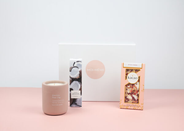 Moi Meme Monthly July 2021 The Summer Scents Box