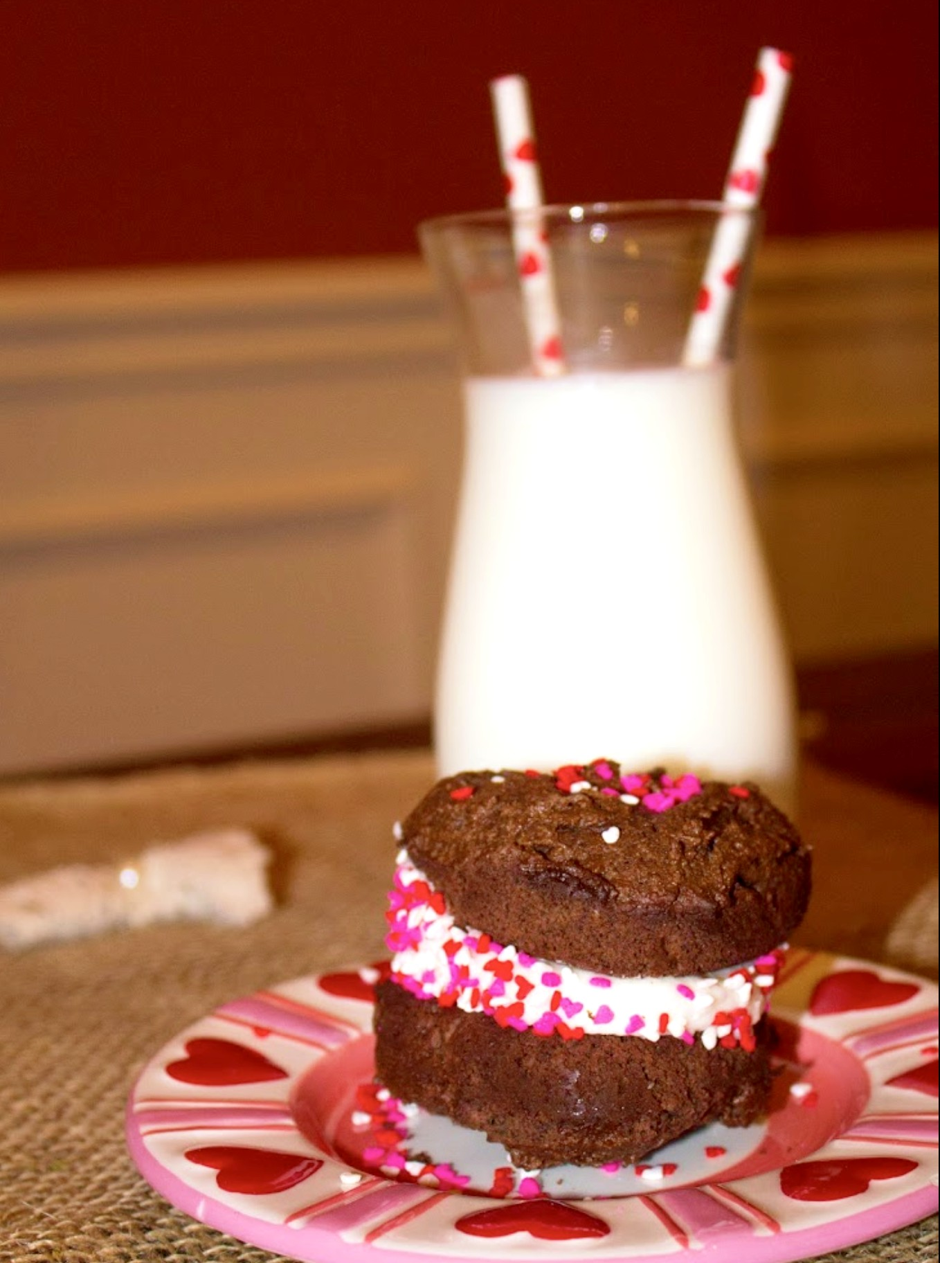 Looking for something sweet to make this Valentine's Day? Try these delicious Chocolate Valentine Whoopie Pies!