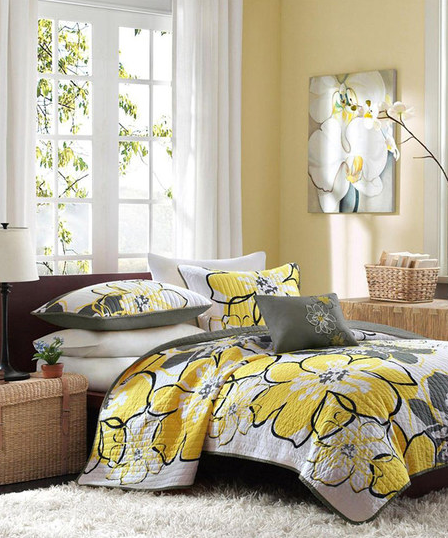 Spring And Summer Home Decor Trend Decorate With Turquoise Gray Yellow Save Up To 70 Off At Zulily Hip Mama S Place