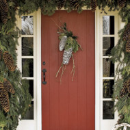 On My DIY Wishlist: Pinecone Door Swag