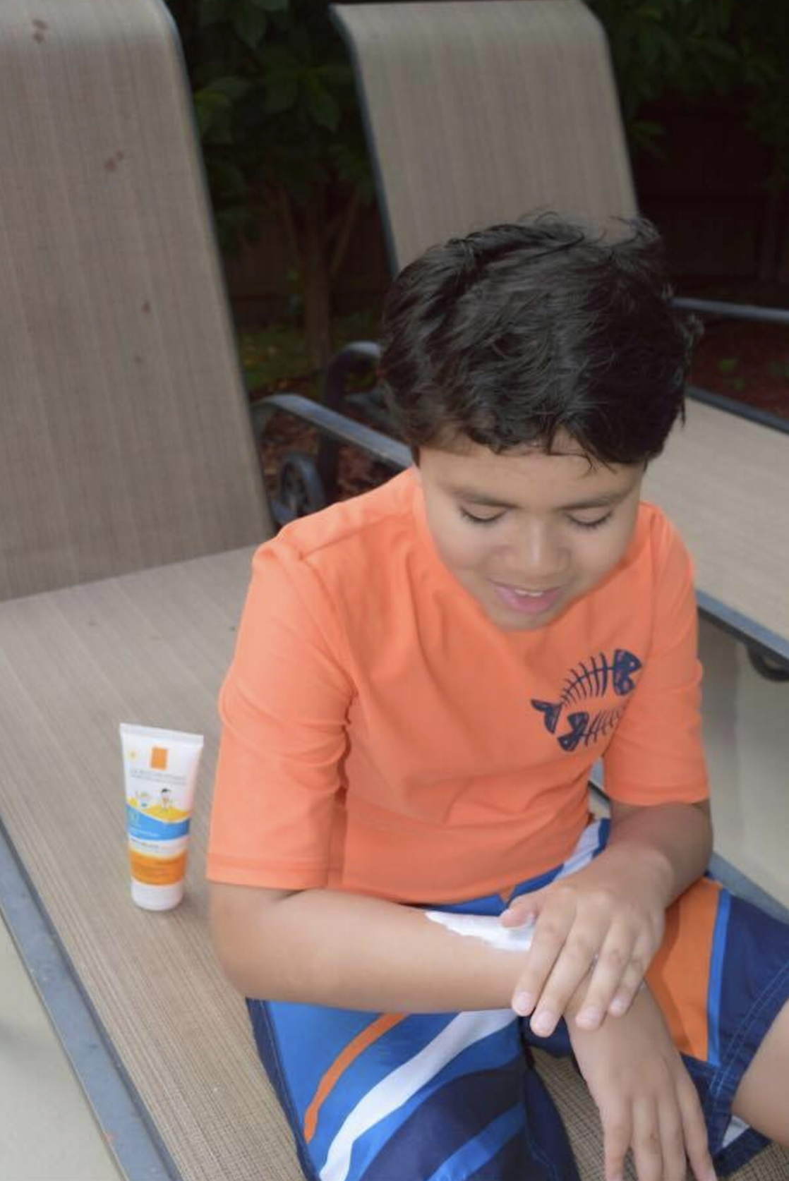 My Kids' Sun Protection with ANTHELIOS Dermo-Kids SPF 60 Gentle Sunscreen Lotion