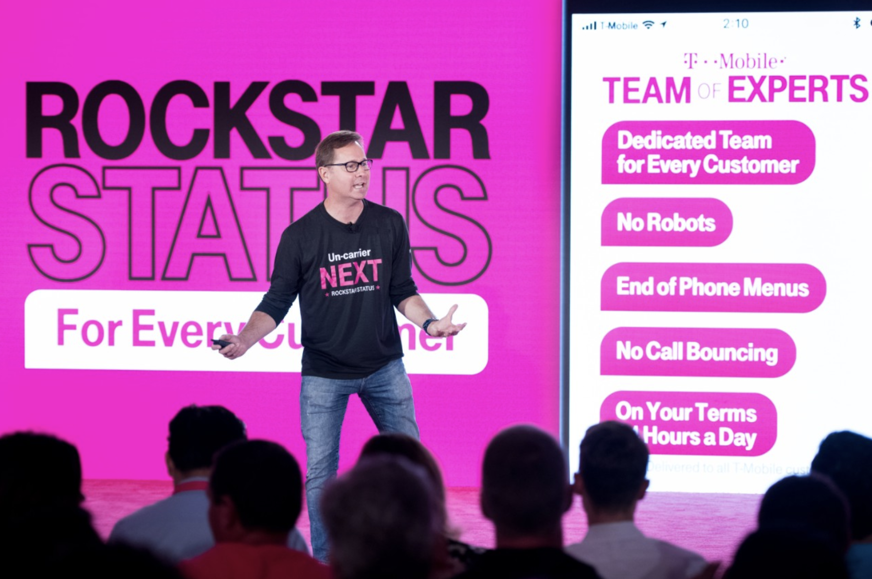 With T-Mobile Team of Experts, when you call or message T-Mobile, you get a tight-knit team dedicated to you and others in your city. No more bots or automated phone menus! Full story at www.hipmamasplace.com #AD #TMobileTEX