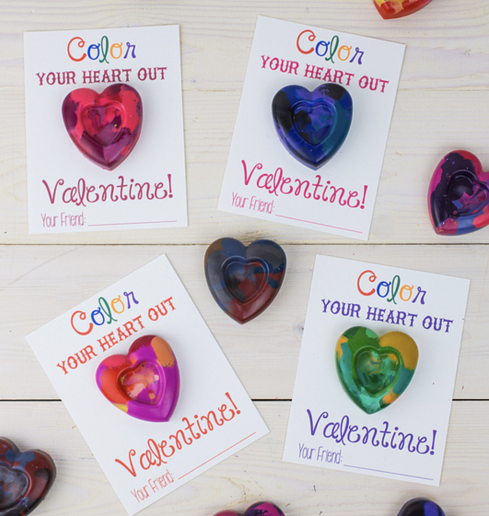 Printable Valentine cards with heart shaped crayons