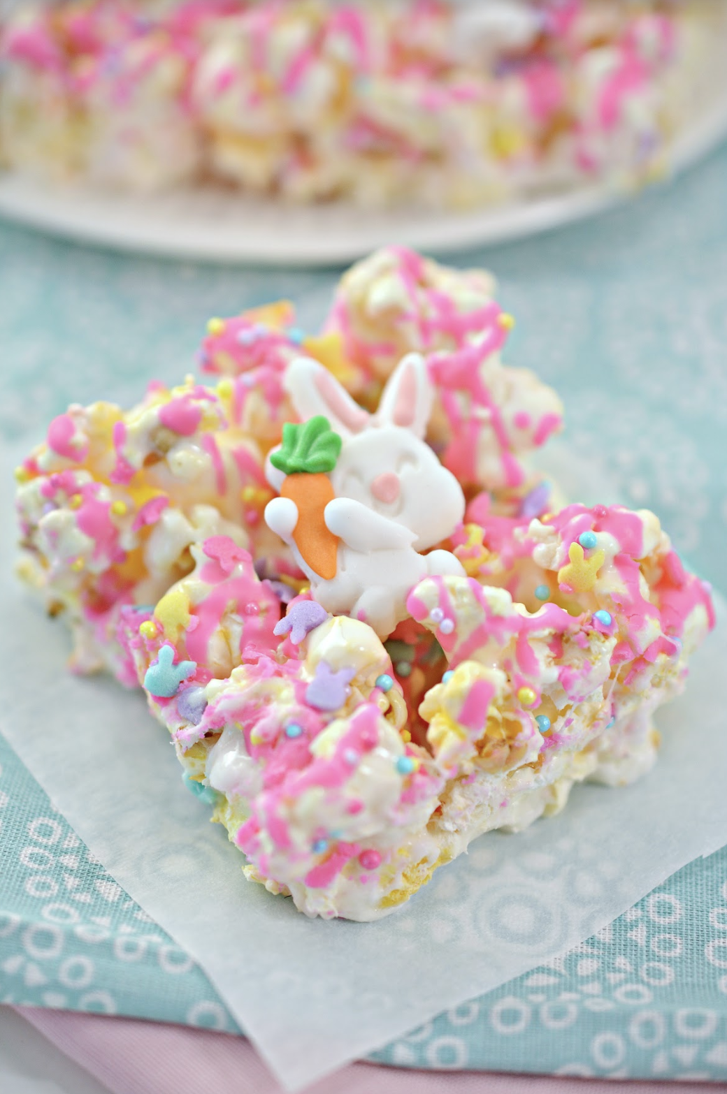 Easter Sprinkles Table Confetti Children/'s Crafts Eggs Chicks Bunnies Random Mix