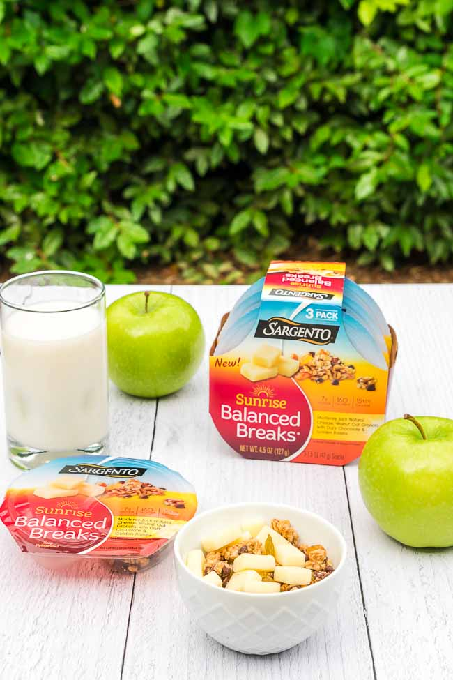 How I fuel my body throughout the day with Sargento snacks at Harris Teeter + I discuss 5 ways to take care of your body!