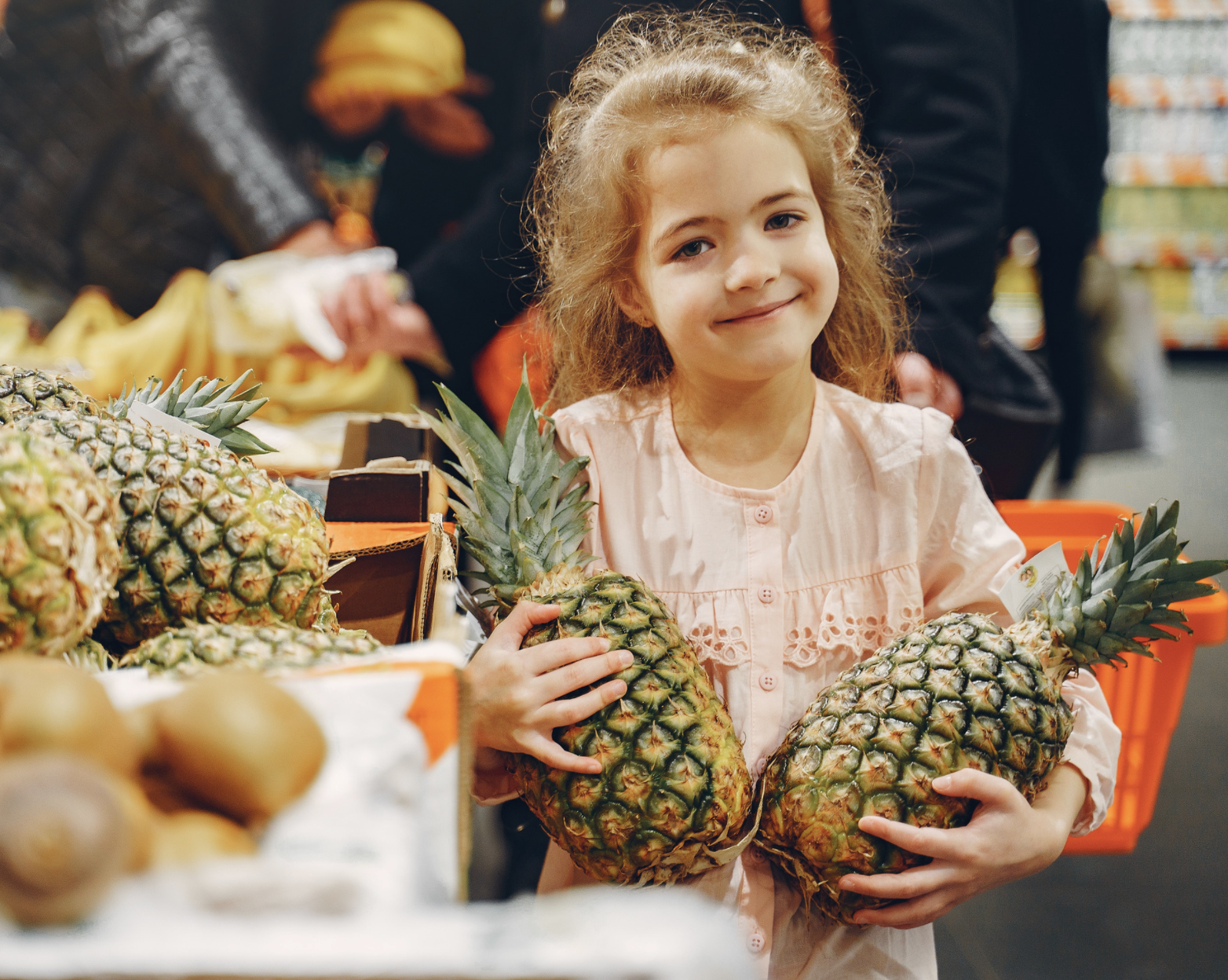 Say Aloha to fun learning with a pineapple! Read on to learn how pineapple can be used to teach your kids geography, history, nutrition, science and more! #pineapples #education #summerlearning #kids #funforkids #kidsactivities #summeractivities #homeschooling