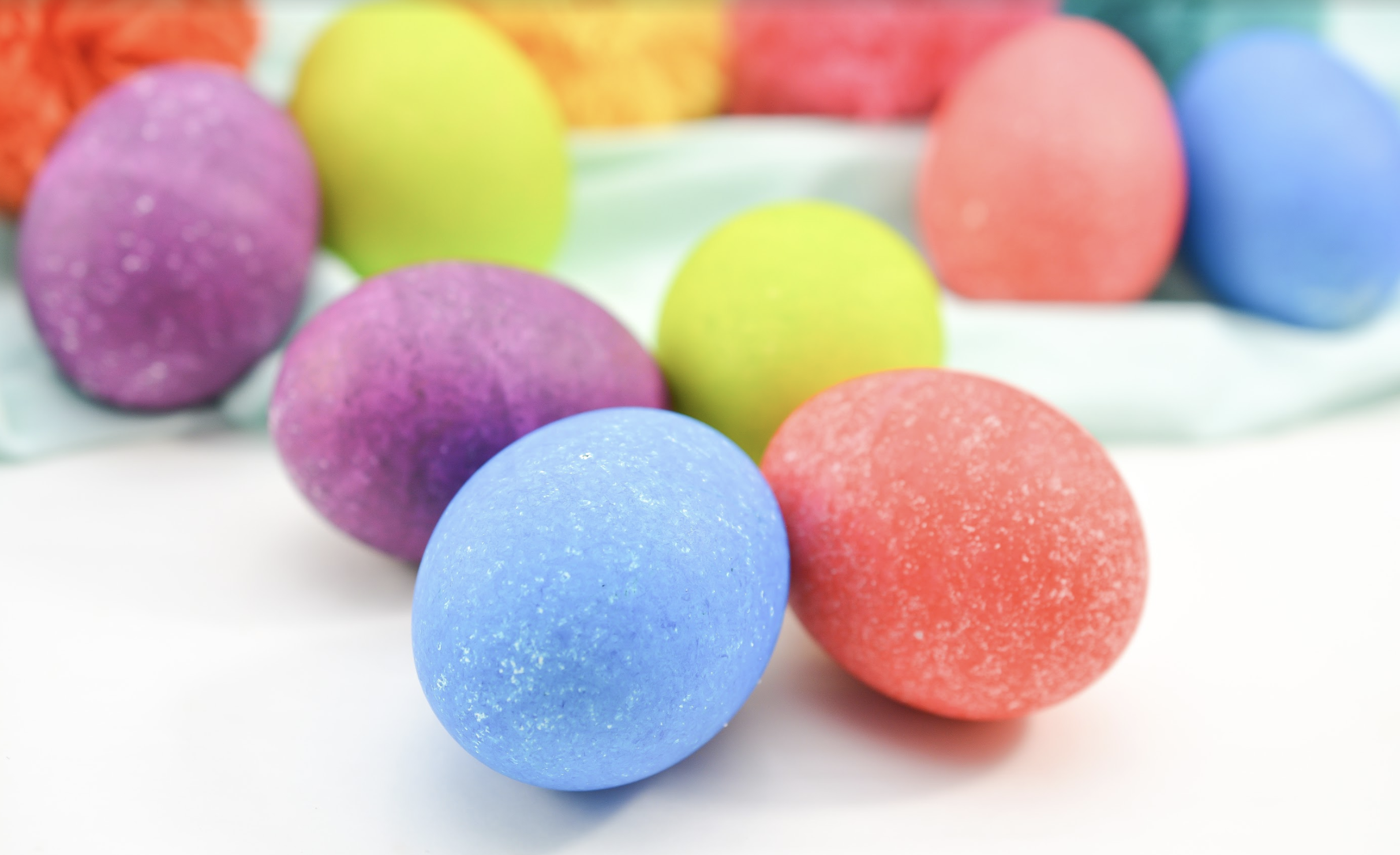 rice dyed Easter eggs diy