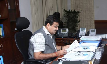 Indian Minister Nitin Gadkari to Automakers: Develop Tech For Engines