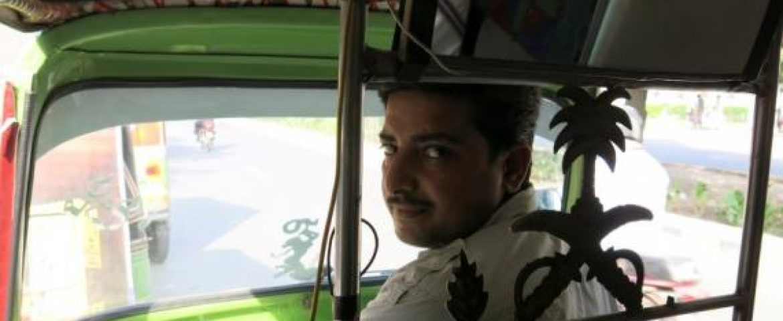 Uber's Rival in Pakistan Uses Rickshaws, Low-Tech Phones