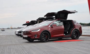 Tesla Reaffirms Effort To Build Cars In China; Mum On Deal Report