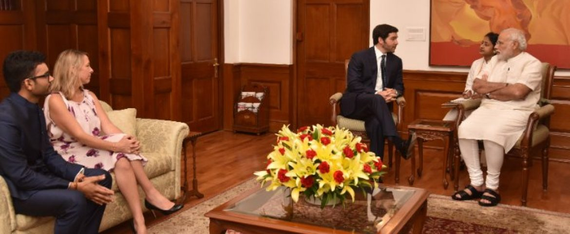 Indian Govt. and Linkedin Sign MoU to Create More Jobs For Students