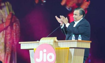 Reliance Jio All Set To Own The Market by Selling Rs 500 4G Smartphone