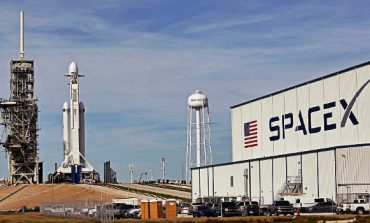 Elon Musk's SpaceX plans to lay off 10% of its over 6,000 employees