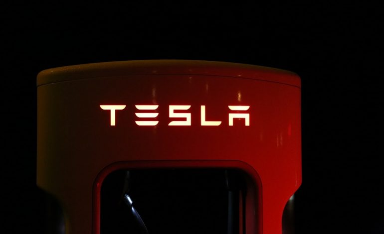 Tesla reports huge Q2 Loss, Shares plunge 10 percent