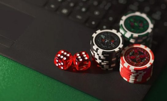 A look at India's Growing Online Gambling Sector: Growth Drivers and Market Profile