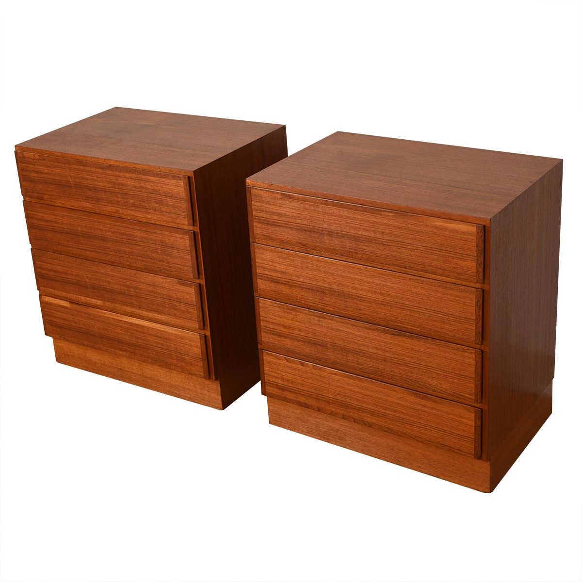 Omann Jun. Pair or Danish Modern Teak Petite Chest of Drawers / Nightstands
