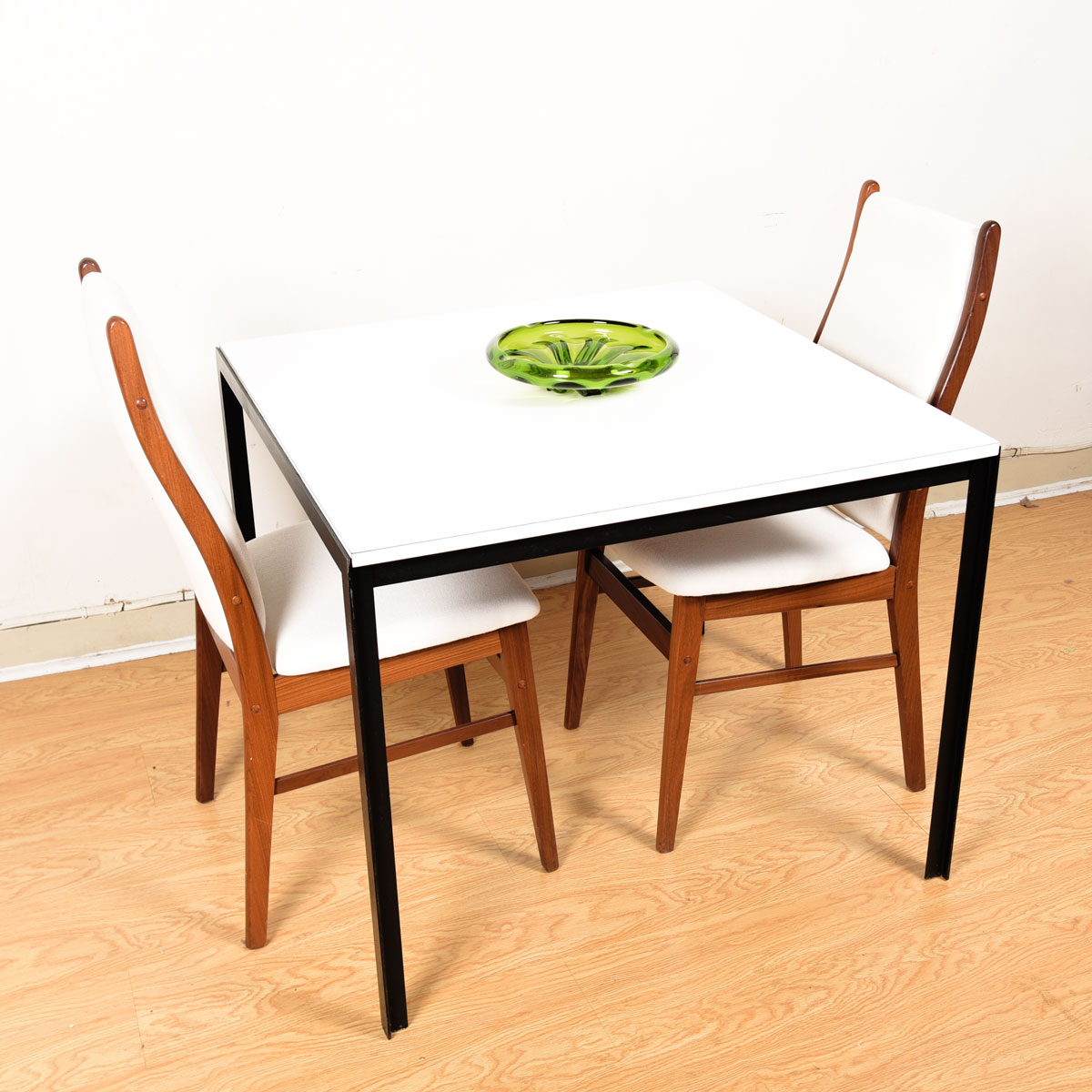 Knoll T-Angle Square Dining Table w/ Black Iron Legs