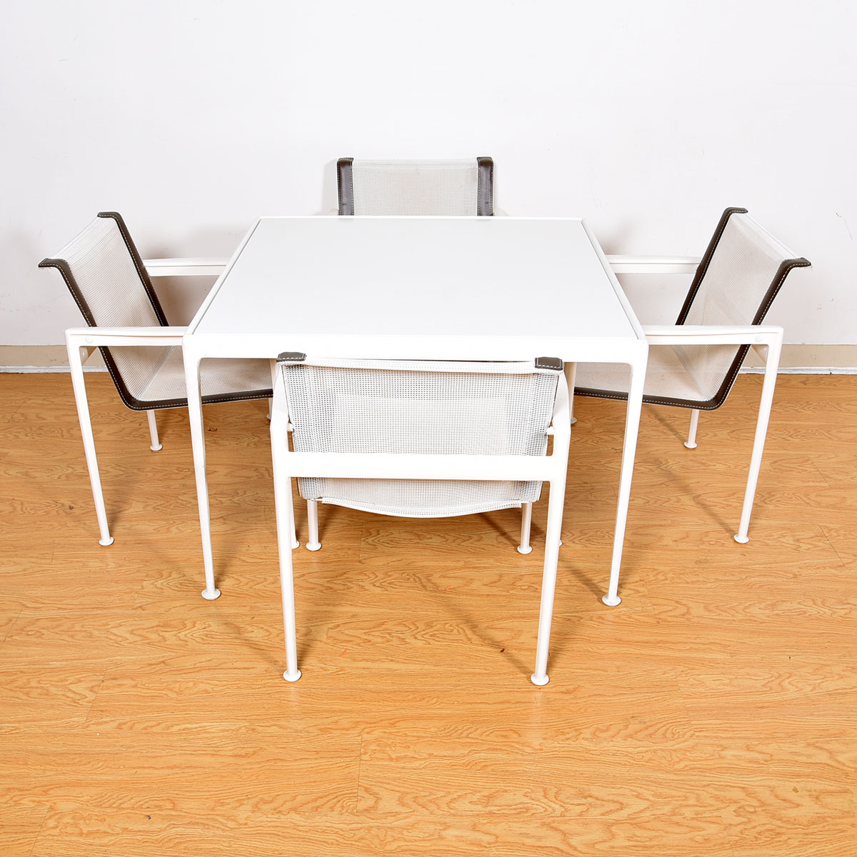 Richard Schultz Patio Table & Set of 4 Patio Chairs