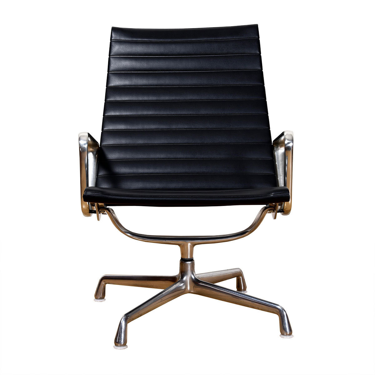 Classic Aluminum Group Arm Chair by Charles and Ray Eames for Herman Miller in Black