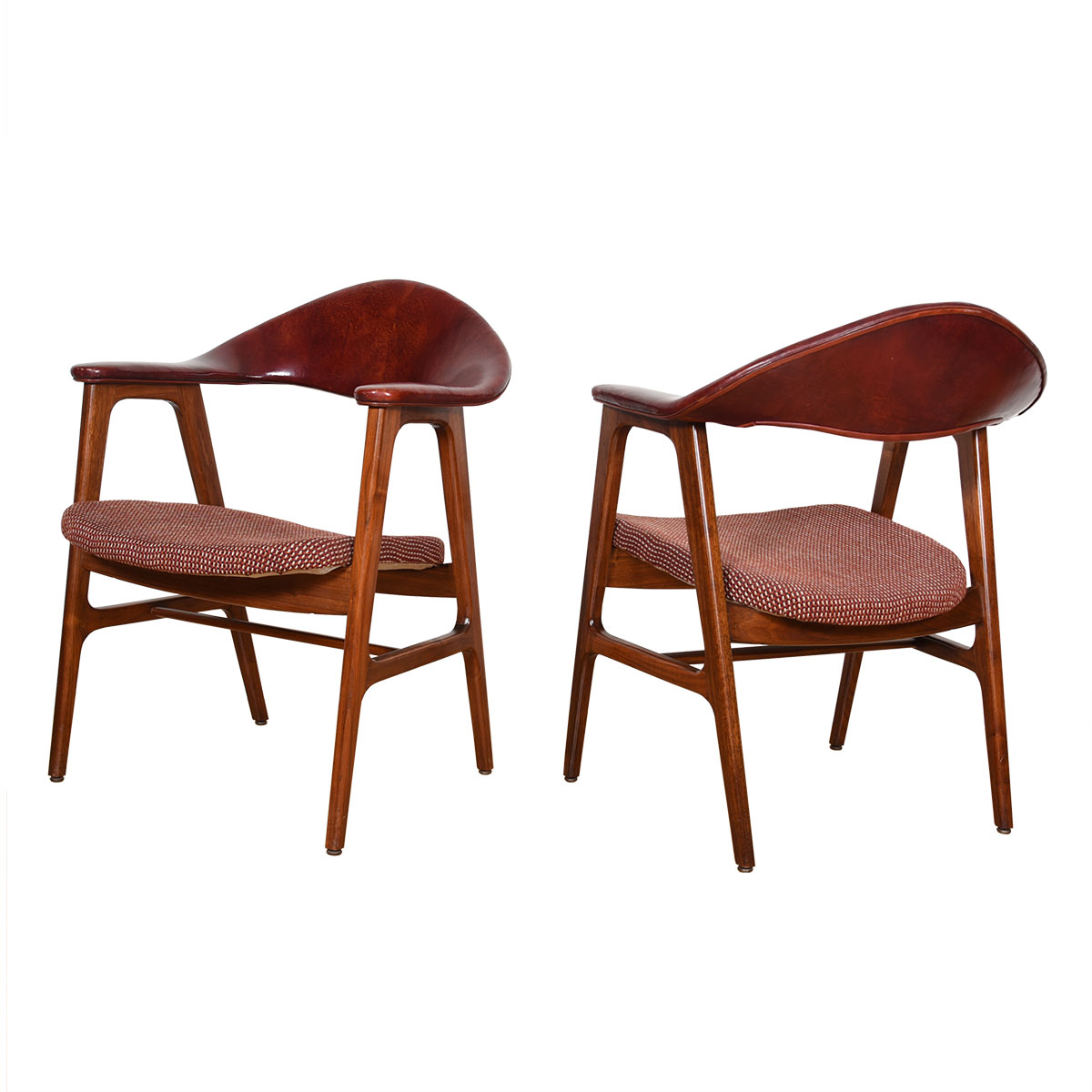 Vintage Leather Pair of Sculpted Modernist Accent Chairs with Arms