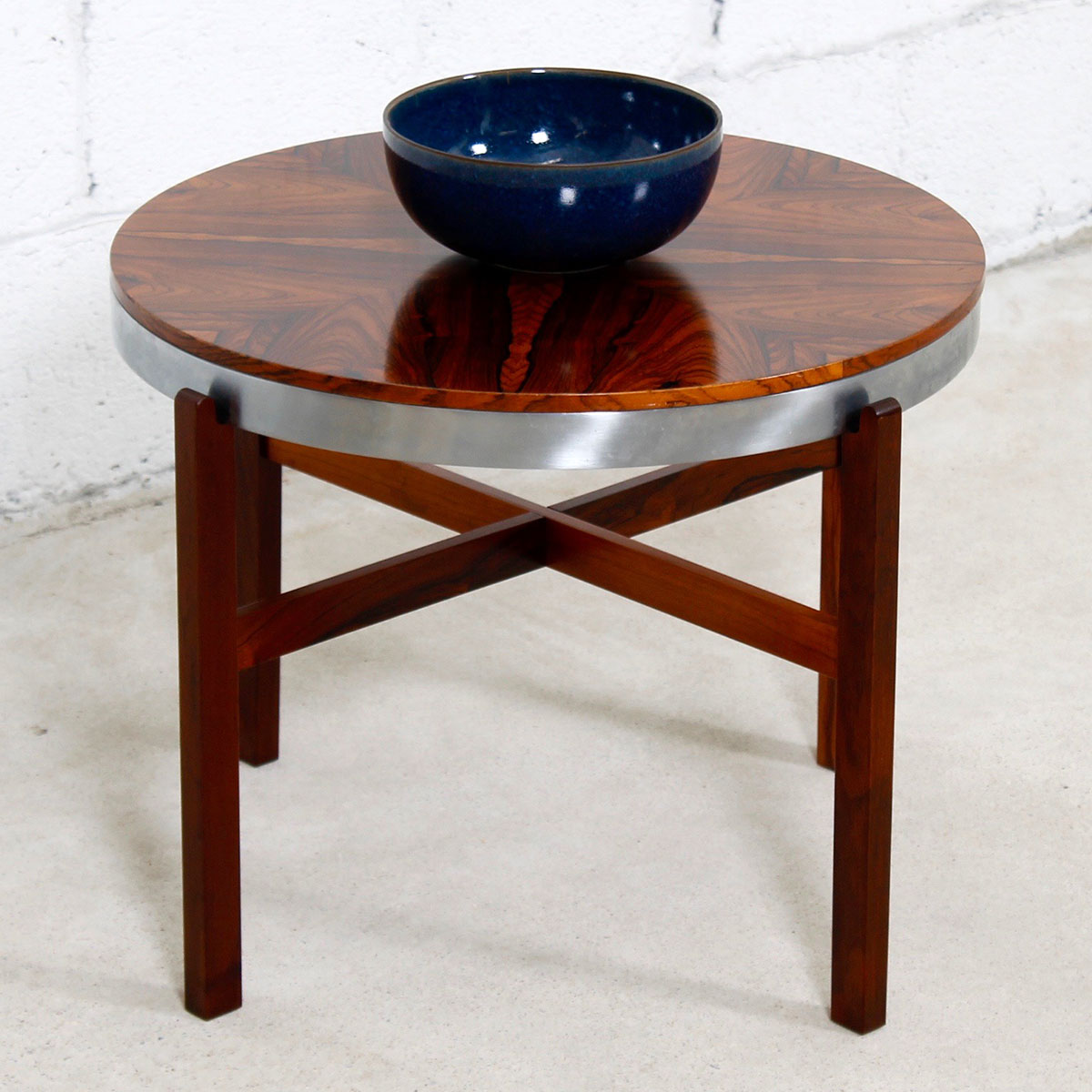 Brazilian Rosewood Round Coffee | Accent Table