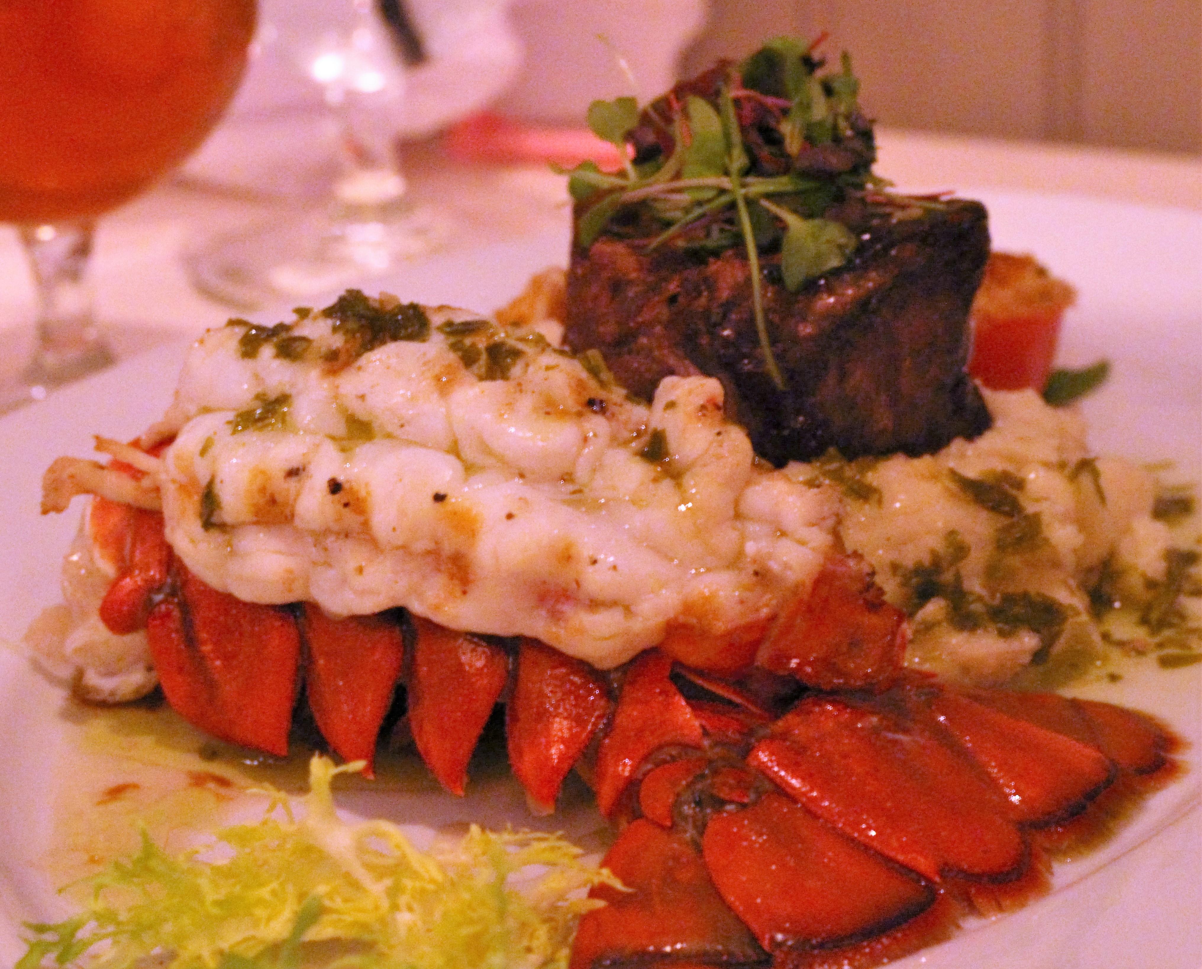 margarita, cosmopolitan, Table 13, Addison, Texas, steak, seafood, Sinatra. lobster
