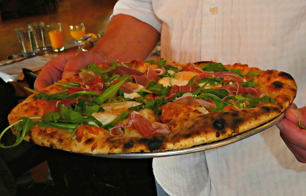 under-the-sun-eatery-boulder-brunch-pizza