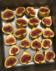 Figs halved