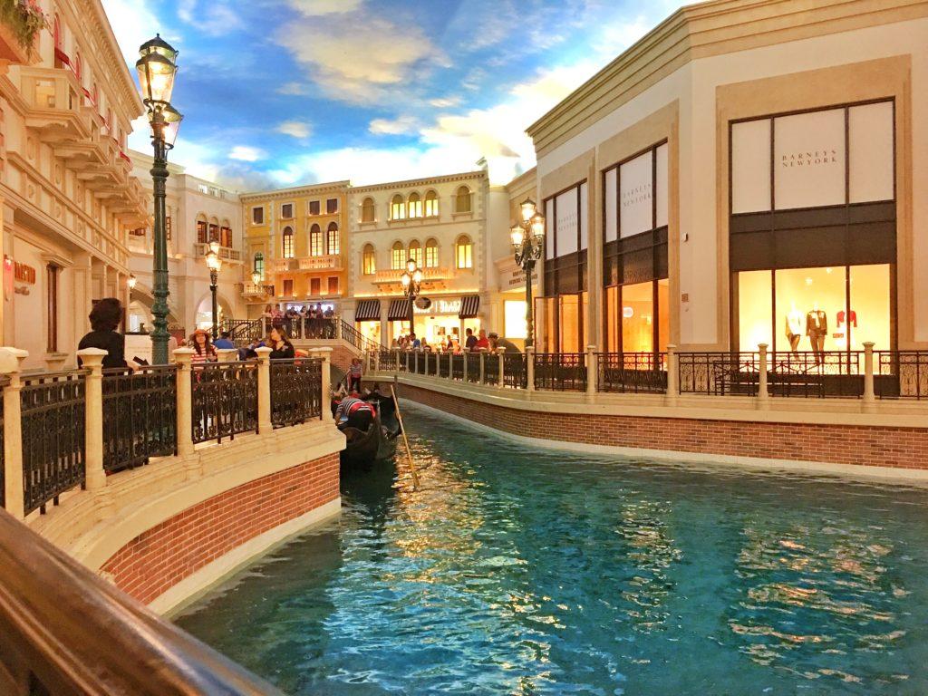 Lobster Me Las Vegas