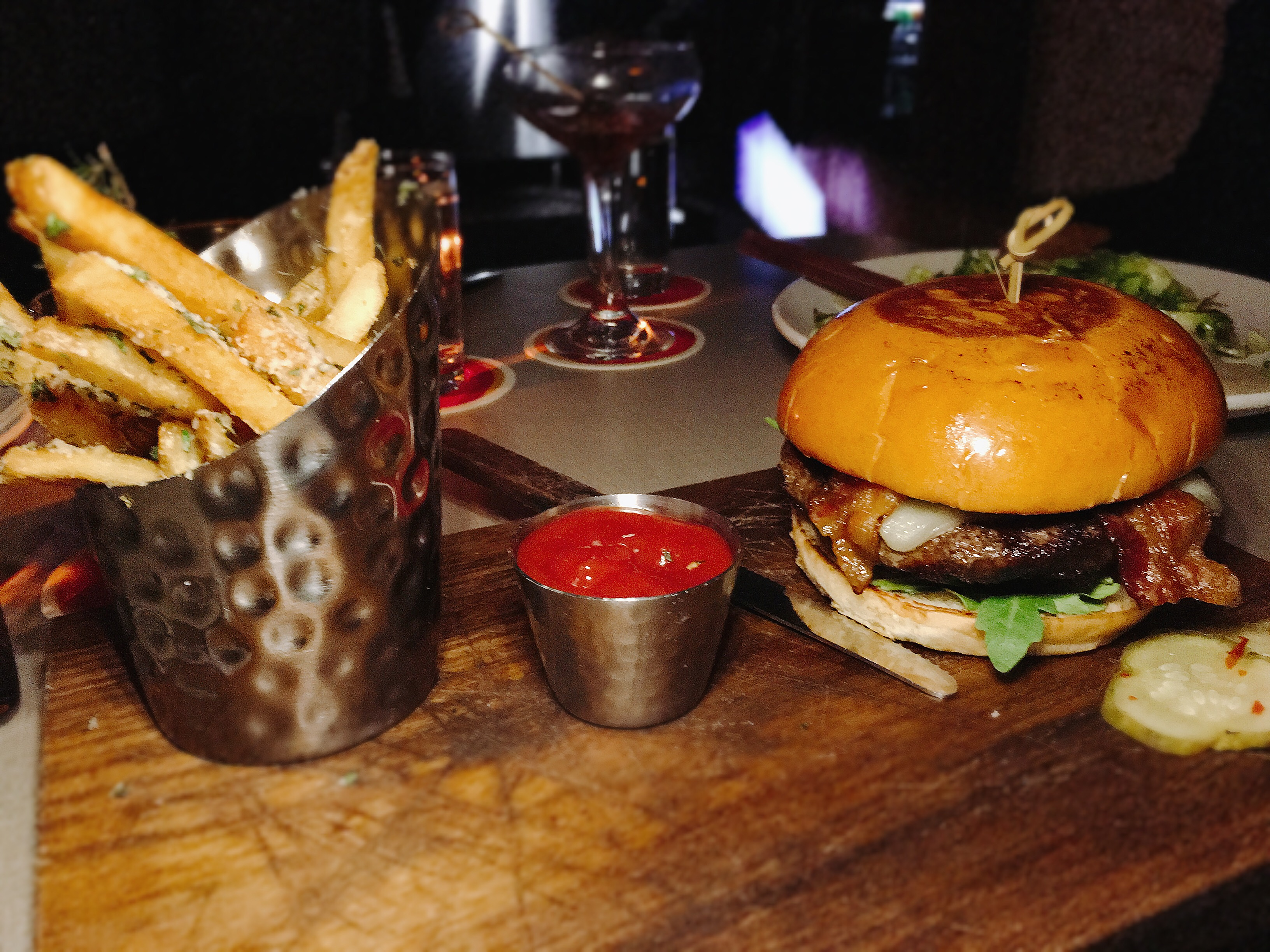 Lounge Here - Here Burger - East Dallas - The GG List - Girls on Food Blog